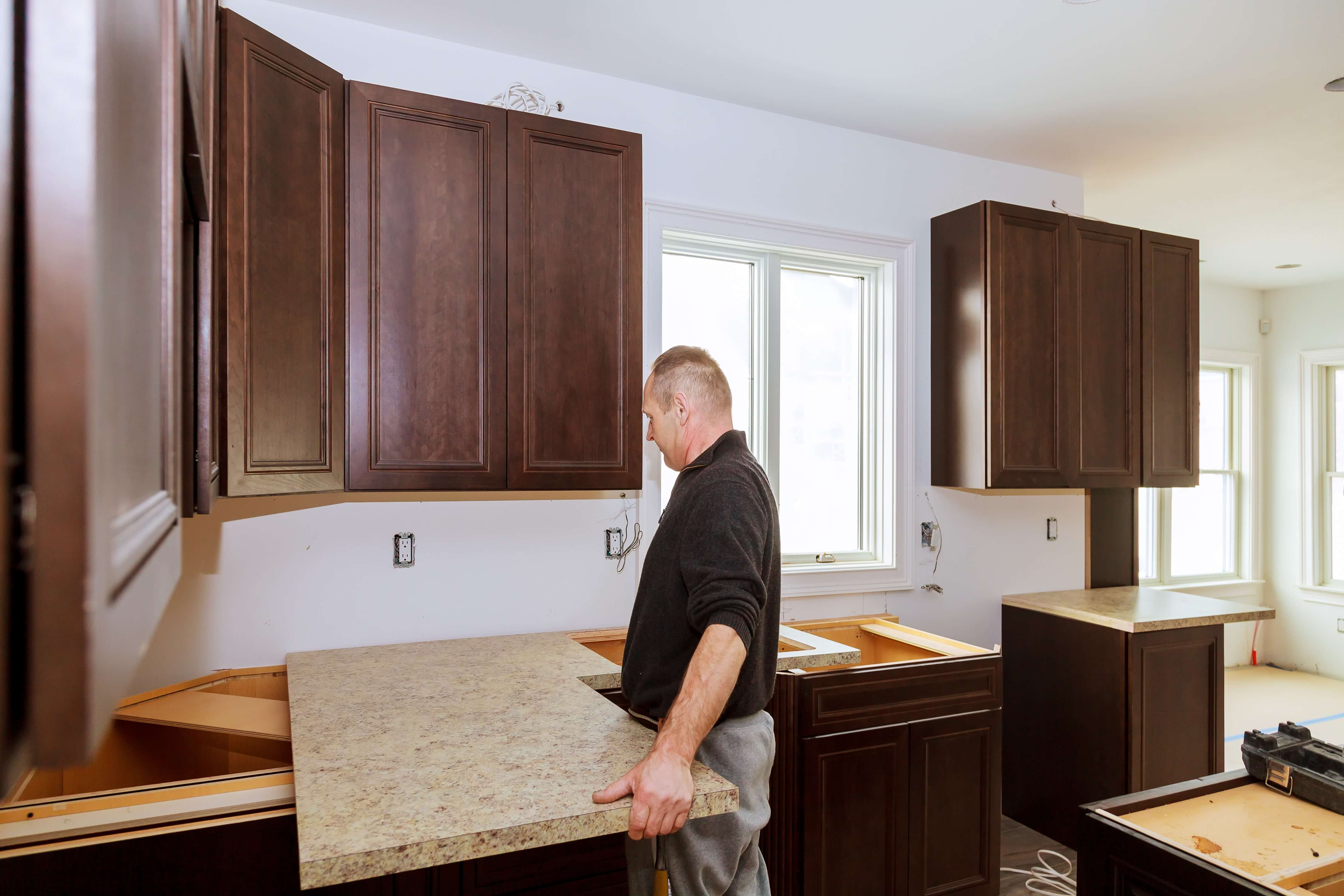 With our Streamline program, you have a total of 44 stock granite and quartz selections, you can go with any sink you like, and there are seven stock edge profiles.