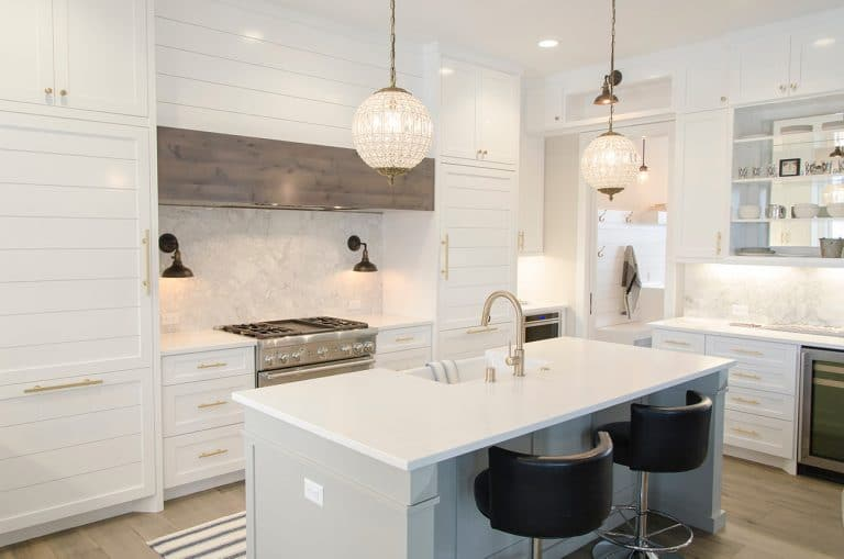 ALL ABOUT QUARTZ COUNTERTOPS